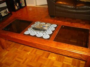 Coffee table: Call Tony ( 514) 688-6169