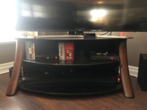 Tv stand/Glass top/2 shelves