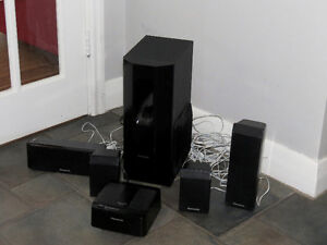 Panasonic Sound Syst, wireless. 4 Sp. + Sub-Woofer