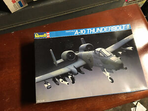 1:48 Scale Model WWII Military  A-10 Thunderbolt II