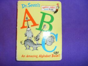 Dr Suess's ABC An Amazing Alphabet Book