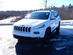 2017 Jeep CHEROKEE LIMITED HIGH ALTITUDE!