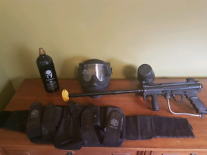 Paintball gun an accessories