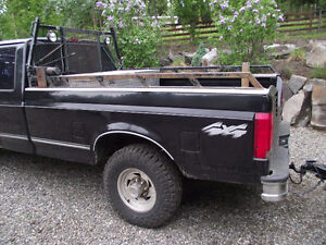 Truck box in very good condition - on 1997 Ford F-250