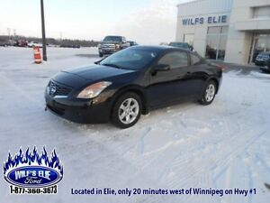 2009 Nissan Altima 2.5 S    - Leather - Bluetooth