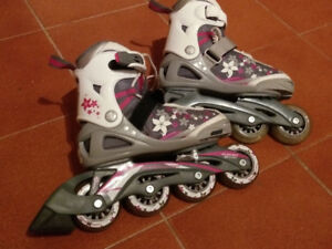 Patins a roues alignees ajustables / Roller blade pour fille