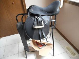 Maxam  AP Saddle Windsor Region Ontario image 1