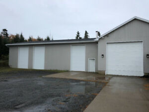 Commercial space for lease / warehouse / shop 4500ft