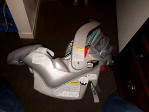 GRACO Stroller and Car seat Carrier Combo set
