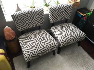 Two Accent Chairs (Grey / White)