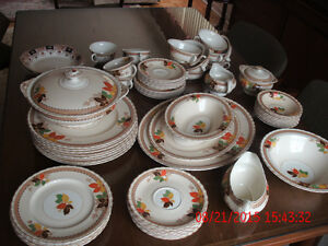 """""""REDUCED PRICE"""" 1940's  MYOTT STAFFORDSHIRE West Island Greater Montréal image 3"""