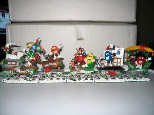 Danbury Mint M&M Christmas Train