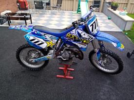 Yamaha yz 125 2 stroke Kawasaki kx 250
