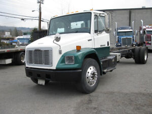 Freightliner FL70 Cab & Chassis