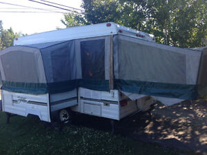 1200 SE 12 foot Bonair tent trailer