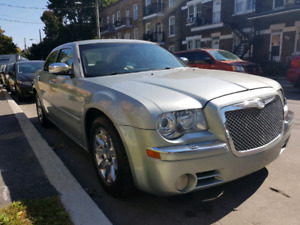 Chrysler 300c fully loaded 2005 hemi engine