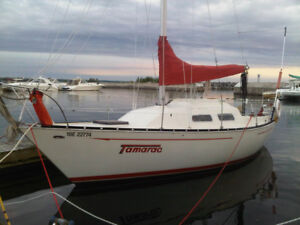 27 foot Sailboat