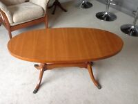 Classic coffee table in Yew wood
