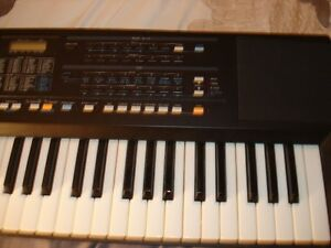 Roland E-35 Intelligent Synthesizer w/stand Stratford Kitchener Area image 4