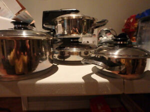 Stainless Steel Pots and Pans - set of 4 with Lids