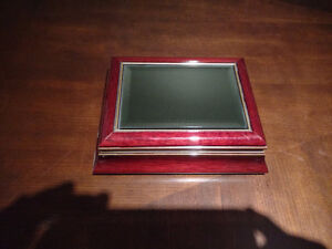 Matching Picture Frame, Clock, Tray and Jewelry Box Peterborough Peterborough Area image 5