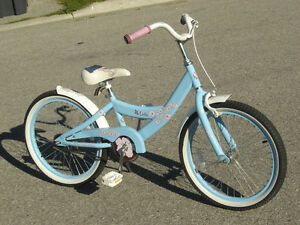 "LIKE NEW 20"" GIRL'S GT CRUISER LOLA & USED ONE SEASON ONLY!!"