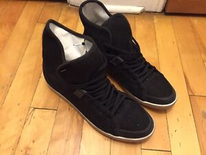SLVR Women's Sneakers Black High Tops Size 9.5