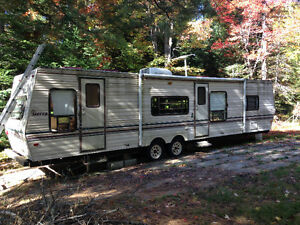 32' Sierra Trailer for sale