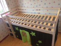 Cabin bed with play den in really good condition