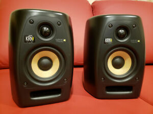 KRK VXT-4 Studio Monitor Speakers in Mint Condition with cables
