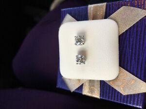 Beautiful 1.22 Carat Diamond Earrings Set in 14KT White Gold