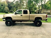 2004 Lifted Chevy 2500 H.D. Duramax 4x4