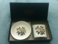 1960s/70s boxed Royal Worcester bone china cigarette holder/ashtray or vase/pin tray