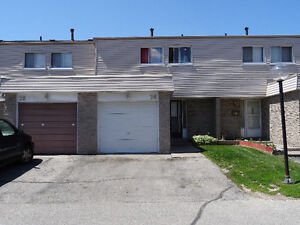 4+1 BR Town Home For Rent in Malton