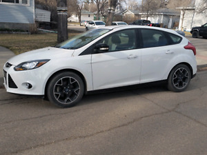 2013 Focus SE!! Bumper to Bumper Warranty and Maintenance Incl.