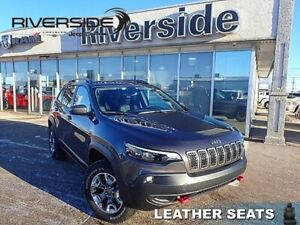 2019 Jeep Cherokee Trailhawk Elite  - Sunroof - $233.52 B/W