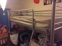 Cabin/loft bunk bed