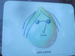 John Lemon tempered glass cutting board