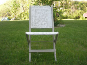 3-pc Wooden Table and Retro Chair Set London Ontario image 7