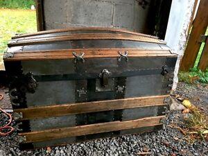 Antique coffre malle trunk 1890's