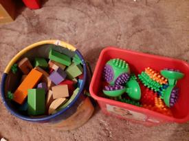 Brick toys bundle