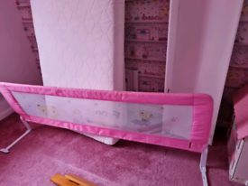 Full size bed guard