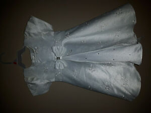 White dress Kitchener / Waterloo Kitchener Area image 1