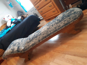 ANTIQUE, DAY BED/COUCH