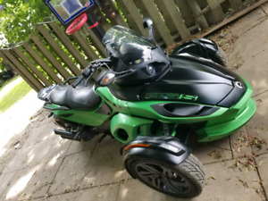 2013 Can am SPYDER RSS - 10500km -trade for truck of equal value