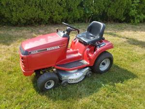 Tracteur a pelouse Honda lawn tractor