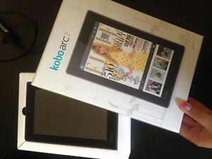 Black Kobo Arc 7- Reading Tablet with Android software