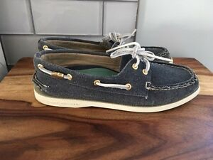 Women's 8 Canvas Sperry Topsider