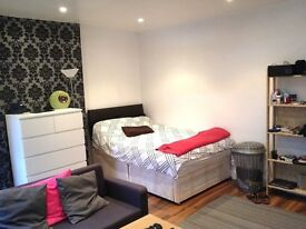 A lovely double room in NW2