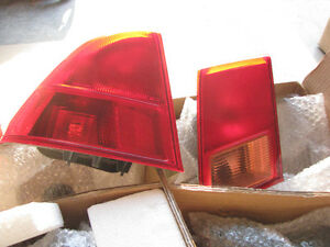 01-05 Civic Stock Tail lights